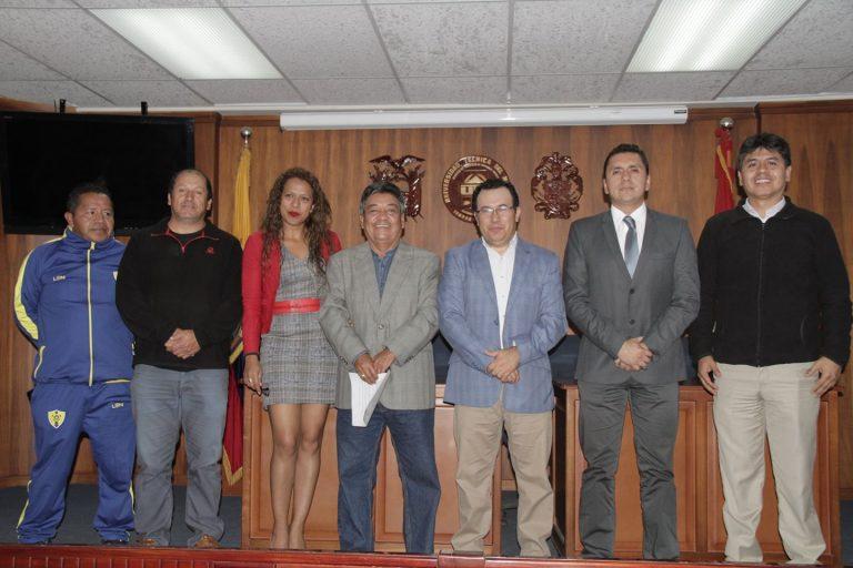 La UTN firmó un convenio de cooperación con la Federación Provincial de Ligas Deportivas Barriales y Parroquiales de Imbabura
